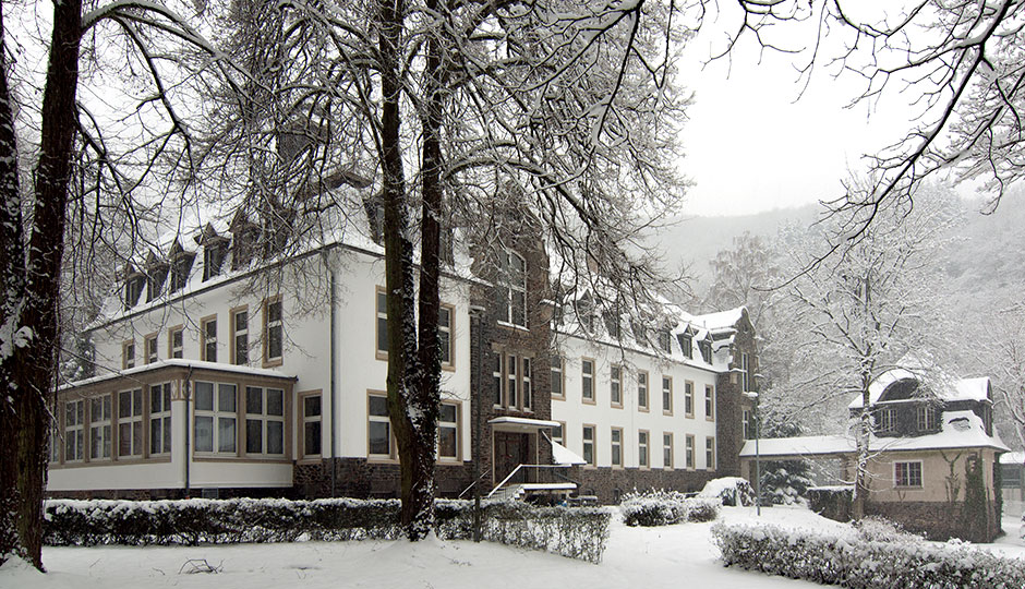 Haus Wildstein im Winter